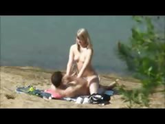 Peeper catches a hot blonde...